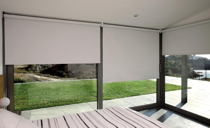 persiana enrollable bandalux en bilbao. Black Bedroom Furniture Sets. Home Design Ideas